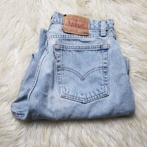 Vintage Levi's 560 Relaxed Fit Cropped Mom Jeans